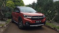 Suzuki XL7 resmi meramaikan pasar otomotif Indonesia. (Septian/Liputan6.com)