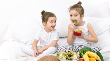 Mengonsumsi Buah dan Sayur