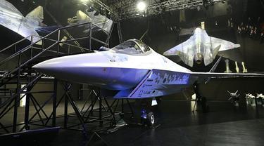 Jet tempur mesin tunggal berbobot ringan generasi kelima Rusia bernama Checkmate. (Xinhua)