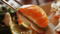 Ilustrasi sushi. (dok. Pixabay.com/Standpoint)