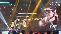 Tini Kasmawati Memperoleh Penghargaan Liputan6 Awards 2019 Kategori Lingkungan pada Sabtu (25/5/2019). (Foto: Nanda Perdana Putra)