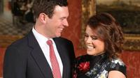 Keluarga kerajaan Inggris akan cukup sibuk. Selain pangeran Harry dan Meghan Markle, ternyata Putri Eugenie dan Jack Brooksbank juga akan melangsungkan pernikahan tahun ini. (Foto: Instagram @princesseugenie)