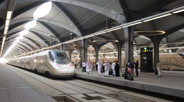 Kereta Cepat MAkkah-Madinah Resmi Beroperasi