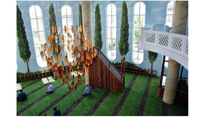 Bernuansa Alam, Ini Keindahan Masjid Hamidiye Camii Di Turki Yang Bikin Sejuk
