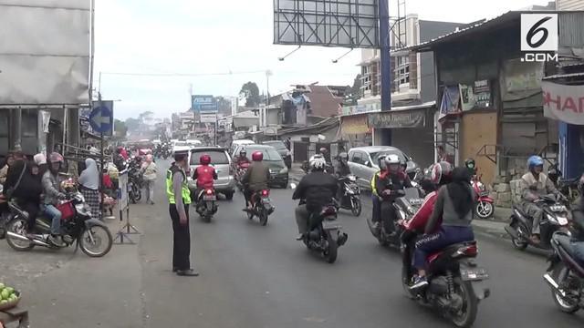 Arus lalu lintas pasca lebaran mulai alami peningkatan di beberapa titik.