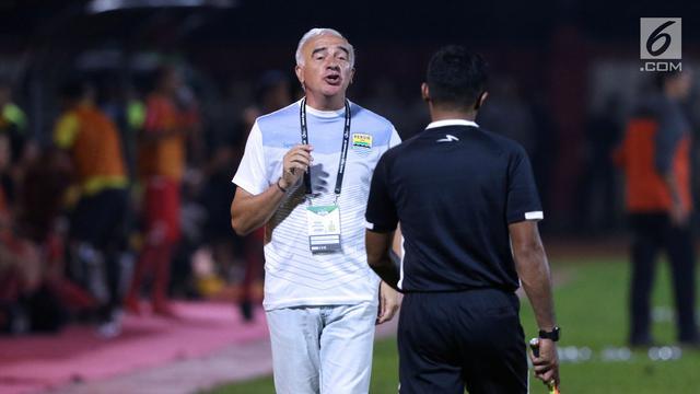 Pelatih Anyar Borneo FC Berambisi Singkirkan Persib di Piala