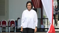 Menteri Keuangan pada Kabinet Kerja Jilid I Sri Mulyani tiba di Istana Negara, Jakarta, Selasa (22/10/2019). Dalam keterangannya, Sri Mulyani menyatakan dirinya diminta untuk tetap menjabat sebagai Menteri Keuangan dalam Kabinet Jokowi Jilid II. (Liputan6.com/Angga Yuniar)