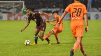 PSM Makassar bermain imbang 2-2 kontra Persija Jakarta pada lanjutan Liga 1 2018 di Stadion Mattoangin, Jumat (16/11/2018). (Bola.com/Abdi Satria)