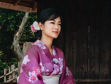 FOTO: Pesona Prisia Nasution Saat Pakai Kimono di Jepang