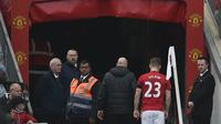 Luke Shaw menjadi pemain terbaru Manchester United (MU) yang didera cedera. (Oli SCARFF / AFP)