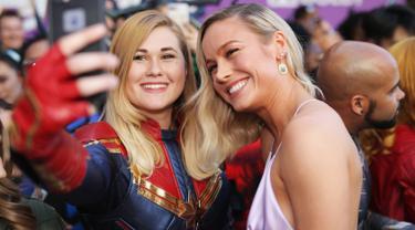 Swafoto Bareng Pemeran Film Avengers: Endgame