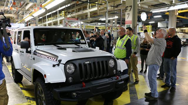 Disuntik Mati Ini Produksi Terakhir Jeep Wrangler Jk Otomotif