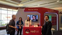 Suasana salah satu booth exhibition Red Hat Partner Conference 2018 di Nusa Dua, Bali. Liputan6.com/Jeko Iqbal Reza