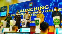 Kapolda Riau Irjen Agung Setya Imam Effendi meluncurkan layanan online Polda Riau. (Liputan6.com/M Syukur)