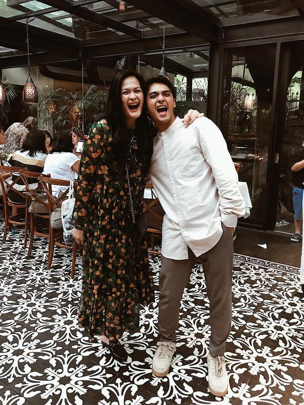 Donna Harun dan Ricky Harun (Dok.Instagram/@rickyharun/https://www.instagram.com/p/BeFB7W9DoH6/Komarudin)
