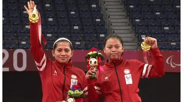 6 Potret Kemenangan Leani/Khalimatus Raih Emas Pertama di Paralimpiade Tokyo 2020