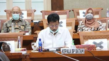 Kepala BP Batam, Muhammad Rudi didampingi Wakil Kepala BP Batam, Purwiyanto dalam Rapat Dengar Pendapat (RDP) bersama Komisi VI DPR RI. (Dok BP Batam)