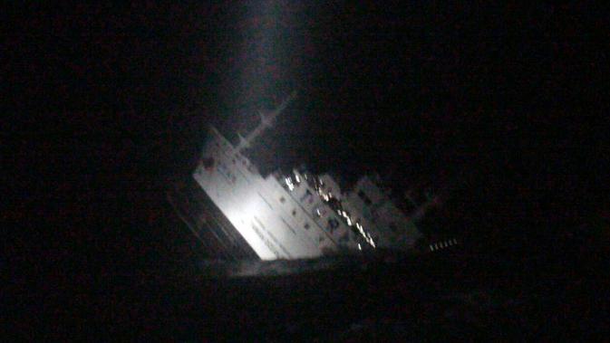 Ilustrasi kapal tenggelam (AFP Photo)