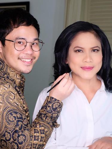 Bennu Sorumba bersama Iriana Jokowi