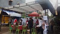 Hari H pencoblosan Pemilihan Kepala Daerah (Pilkada) Kota Makassar disambut dengan badai disertai hujan deras.