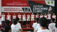 Komitmen Bakti Olahraga Djarum Foundation melestarikan olahraga bulutangkis Indonesia terus diperlihatkan dengan menggelar coaching clinic.