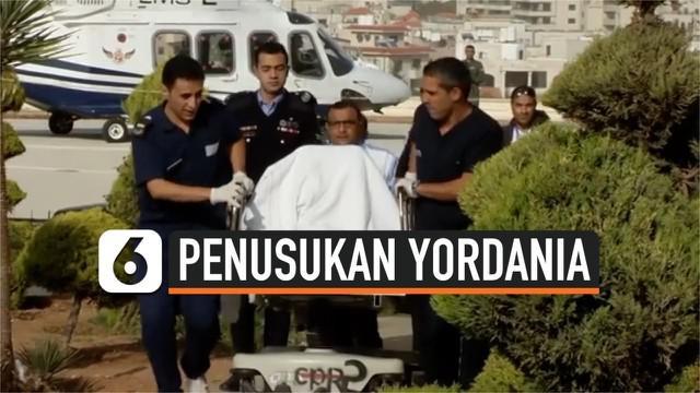 Seorang pria menusuk 8 orang secara membabi buta di situs bersejarah Yordania. 4 diantara 8 korban merupakan turis yang sedang berlibur.
