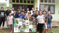 Para aktivis dari Flora dan Fauna Internasional (FFI) melakukan investigasi penyelamatan harimau sumatera di Taman Nasional Kerinci Seblat, Bengkulu. (Liputan6.com/Yuliardi Hardjo Putro)