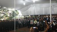 Upacara persemayaman Ani Yudhoyono di Puri Cikeas, Bogor, Jawa Barat. Minggu (2/6/2019). (Liputan6.com/ Delvira Chaerani)