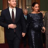 Simak penampilan Meghan Markle yang mirip dengan Putri Diana (Foto: Instagram.com/dosisdemoda)