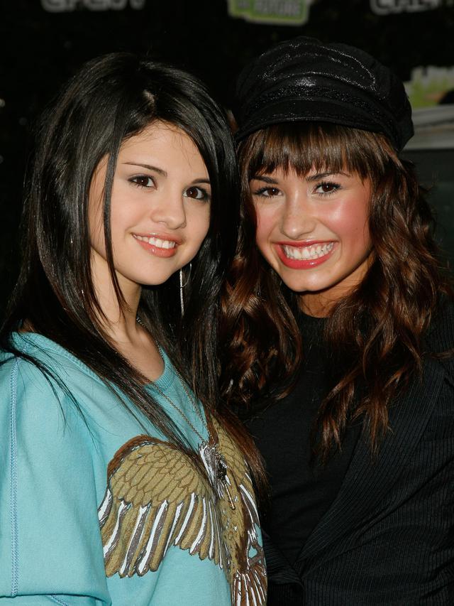 Selena Gomez dan Demi Lovato