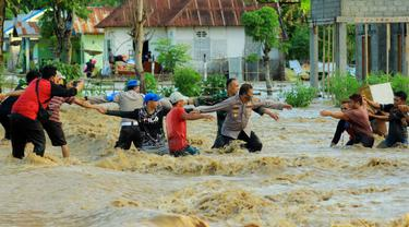 Banjir Bandang Kabupaten Bone Bolango (Bonebol) yang terjadi akibat kerusakan lingkungan (Arfandi Ibrahim/Liputan6.com)