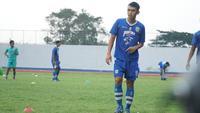 Gelandang Persib Bandung Abdul Aziz senang bisa melakoni debut di Shopee Liga 1 2019. (Liputan6.com/Huyogo Simbolon)