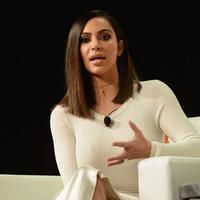 Dilansir dari HollywoodLife, seorang sumber menerangkan alasan Kim Kardashian merasa sangat tak nyaman dengan hal itu. (Matt Winkelmeter/Gety Images North America/AFP)