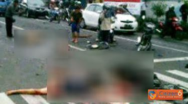 Citizen6, Kediri: Terjadi kecelakaan tragis di pertigaan Mojoroto Jalan KH Ahmad Dahlan, Kediri yang menewaskan empat orang, Selasa (27/3). Kecelakaan berawal ketika sebuah truk gandeng dengan nopol L 8120 SR menerobos lampu merah karena rem blong. Korban
