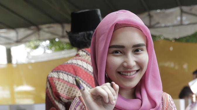 Dicibir Gara-gara Hijab, Ini Kata Ayu Ting Ting