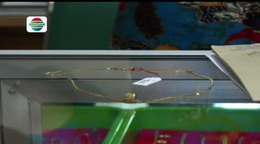 Bukan gadaikan perhiasan untuk kebutuhan Lebaran, para ibu di Jember malah berburu perhiasan lelang di pegadaian.