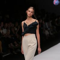Jakarta Fashion Week 2019: Indonesia Fashion Forward - Peggy Hartanto / Photo by Deki Prayoga (FIMELA.com)