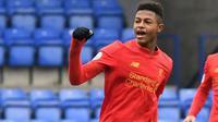6. Rhian Brewster (Liverpool) - Penyerang berusia 19 tahun ini telah pulih dari cedera panjangnya. Rhian Brewster dapat memiliki kesempatan untuk bermain bersama The Reds musim ini. (Photo by Indranil Mukherjee / AFP)