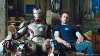 Robert Downey Jr., pemeran Iron Man.