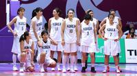 Para pemain tim unifikasi Korea saat melawan Indonesia pada laga perdana Grup A basket putri Asian Games 2018. (Liputan6.com/Helmi Fithriansyah)