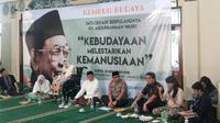 Keluarga Abdurrahman Wahid alias Gus Dur, menggelar peringatan haul satu dekade Presiden RI keempat itu. Haul digelar di Masjid Kami Al Munawarah, Jagakarsa, Jakarta, Sabtu (28/12/2019).