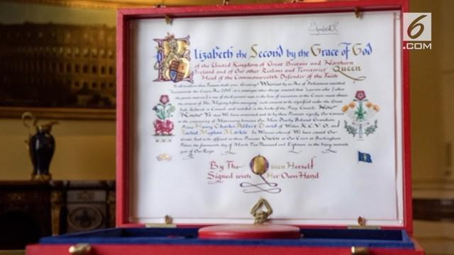 Ratu Elizabeth beri surat sebagai restu bagi pernikahan Pangeran Harry dan Meghan Markle yang ditulisnya sendiri.