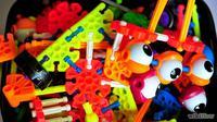 Ilustrasi mainan anak-anak. (nicoro.ro)