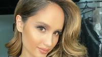 Cinta Laura memamerkan penampilannya dengan rambut mirip Jennifer Lopez (Dok.Instagram/@claurakiehl/https://www.instagram.com/p/B-DocpEDhgV/Komarudin)