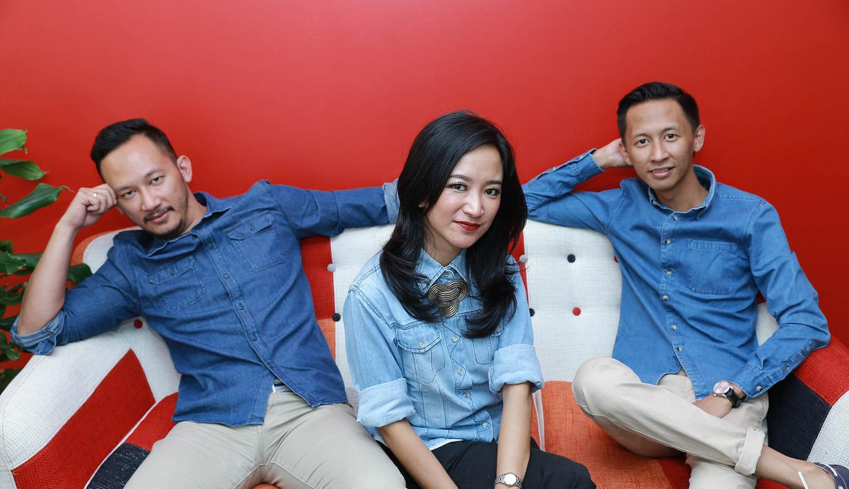 Demi terus menjaga eksistensinya dalam dunia musik, grup band Numata kembali dengan album baru. Grup yang beranggotakan kakak beradik itu meluncurkan album the best bertitel Cerita Numata. (Galih W. Satria/Bintang.com)
