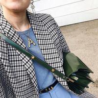 Jangan tampil itu-itu saja, ragam isnpirasi gaya anti membosankan ada di sini. (Foto: Instagram/@Whowhatwear)