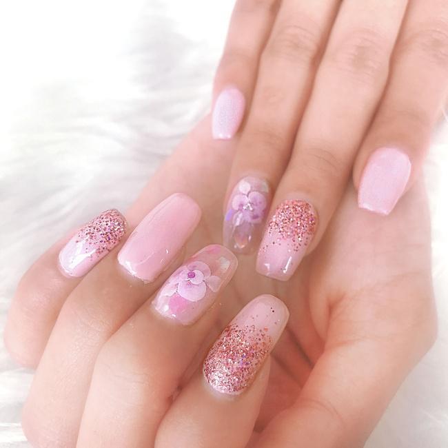 Hasil nail art dari PK Beauty Space yang cantik/copyright vemale.com/Amelia AK