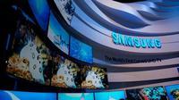 Samsung juga menegaskan bahwa salah satu strategi pasar mereka pada tahun ini adalah mengembangkan perangkat berbasis IoT seperti Smart TV