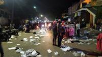 Suasana Pasar Anyar Bogor di malam takbiran Lebaran. (Achmad Sudarno/Liputan6.com)