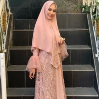 Kartika Putri (dok. Instagram @kartikaputriworld/https://www.instagram.com/p/ByaP1aJHTgJ/Putu Elmira)